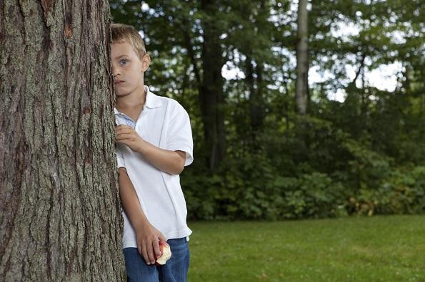 孩子胆小、没自信,根源或许只有一个