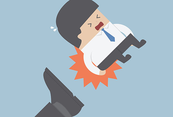 员工被打屁股事件丨为什么会有体罚员工的公司存在?