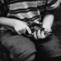 """被虐待,当性奴...揭秘""""童戏""""男孩们的悲惨生活图片路径"""