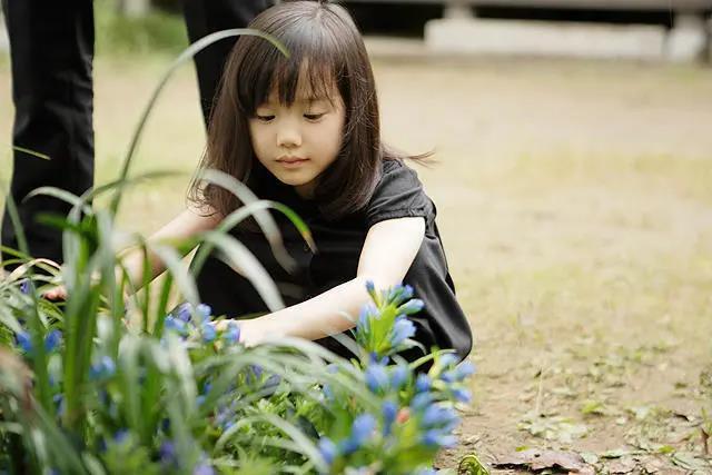 """""""输不起""""的伊能静,心里也住着没长大的内在小孩-心理学文章-壹心理"""